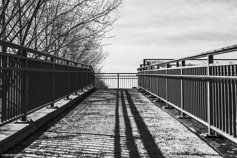train bridge, motive, line
