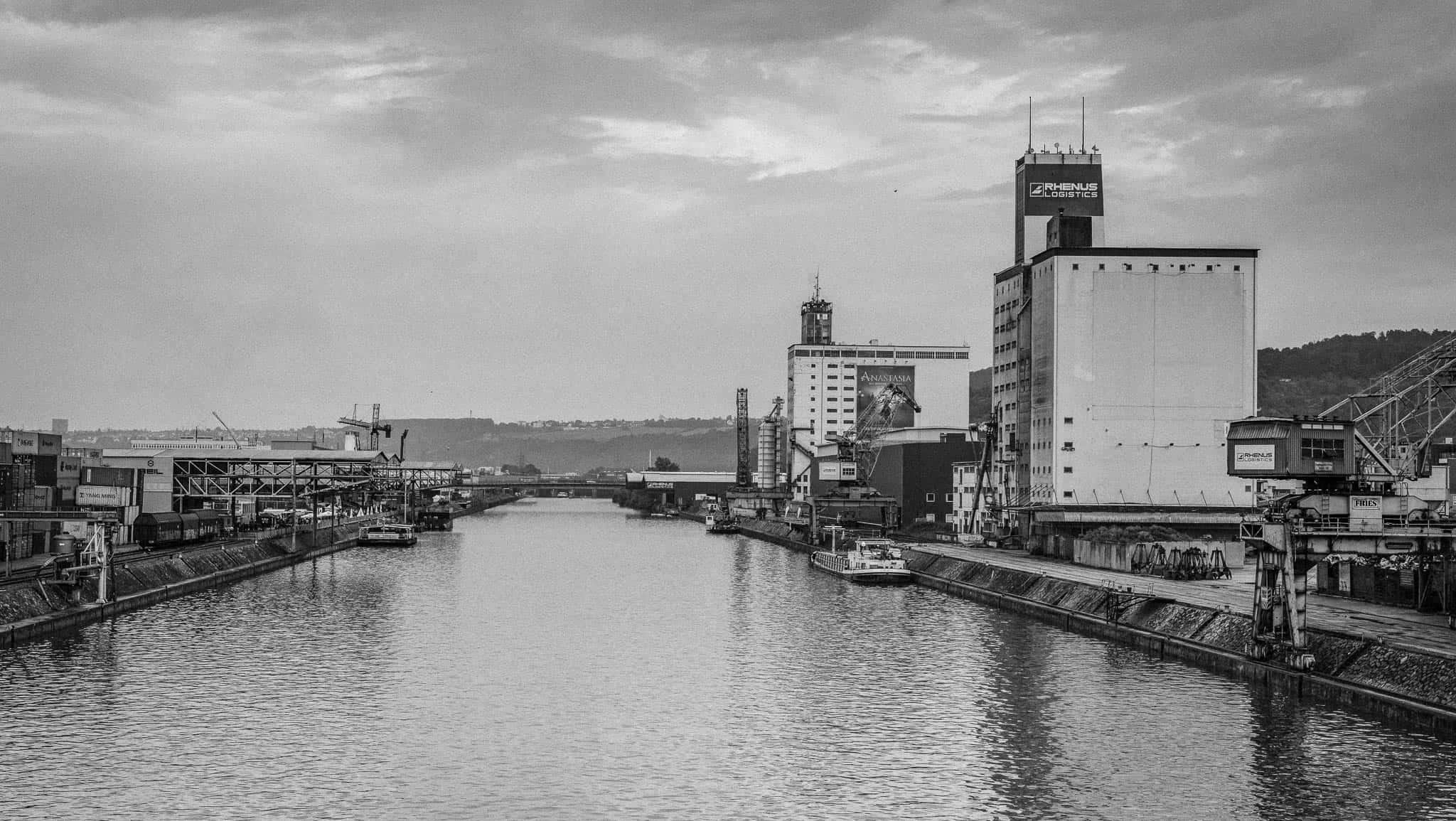 Neckarhafen, Hafenbecken, Stuttgart