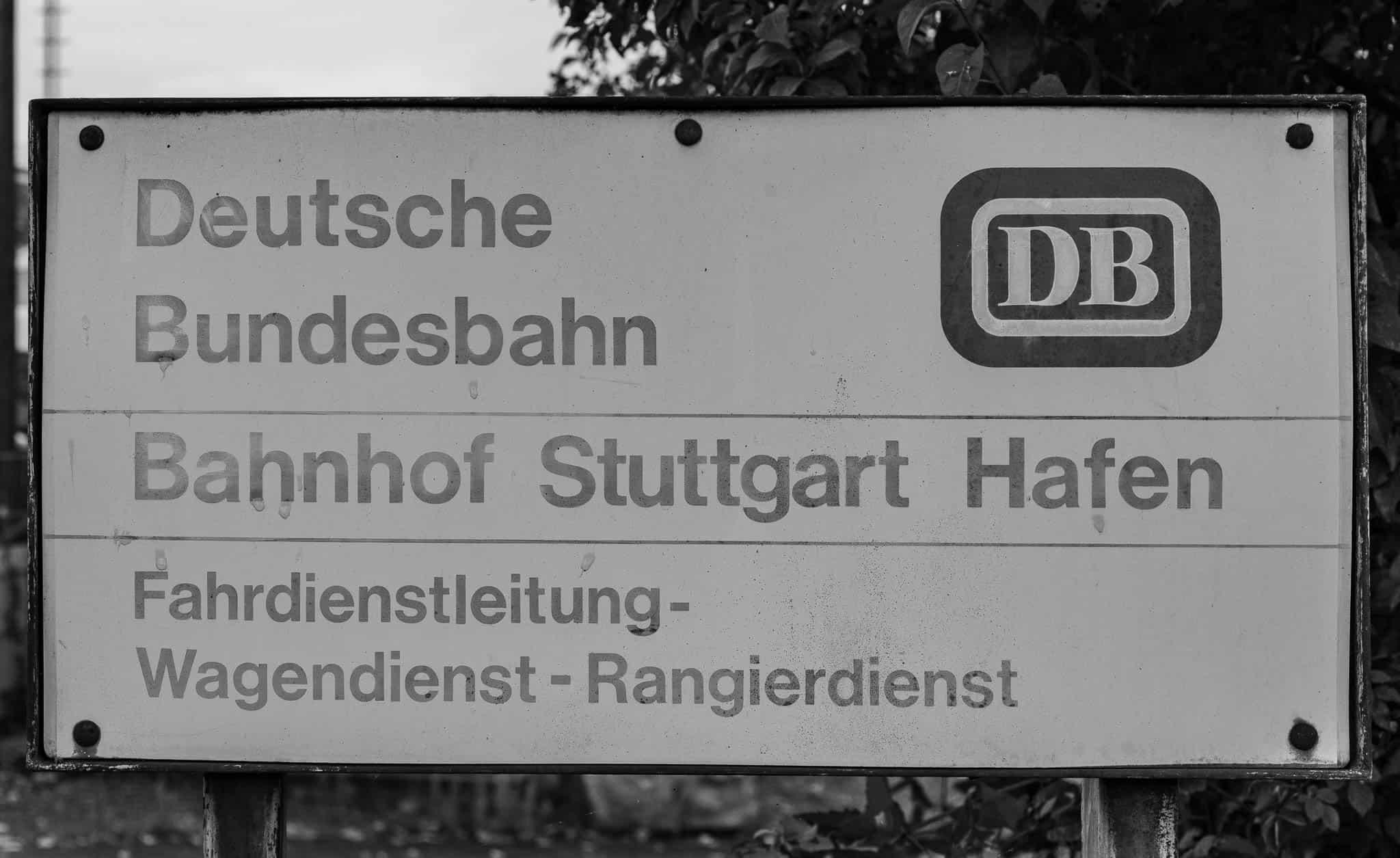 Neckarhafen, altes Schild